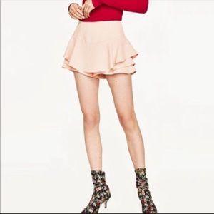 Zara woman pink ruffled skort